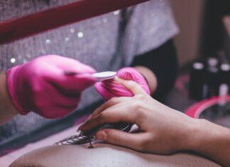 Jak wybrać lakier hybrydowy